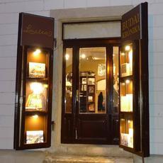 Little Litea - Budai Krónika Könyvesbolt