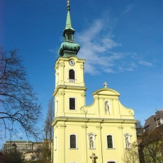 Budapest-Tabán Alexandriai Szent Katalin-plébánia (Fotó: GyurIca - panoramio.com)