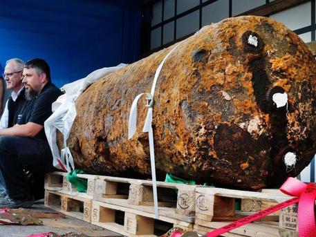 A kép csak illusztráció, legutoljára Frankfurtban találtak ilyen nagy második világháborús bombát