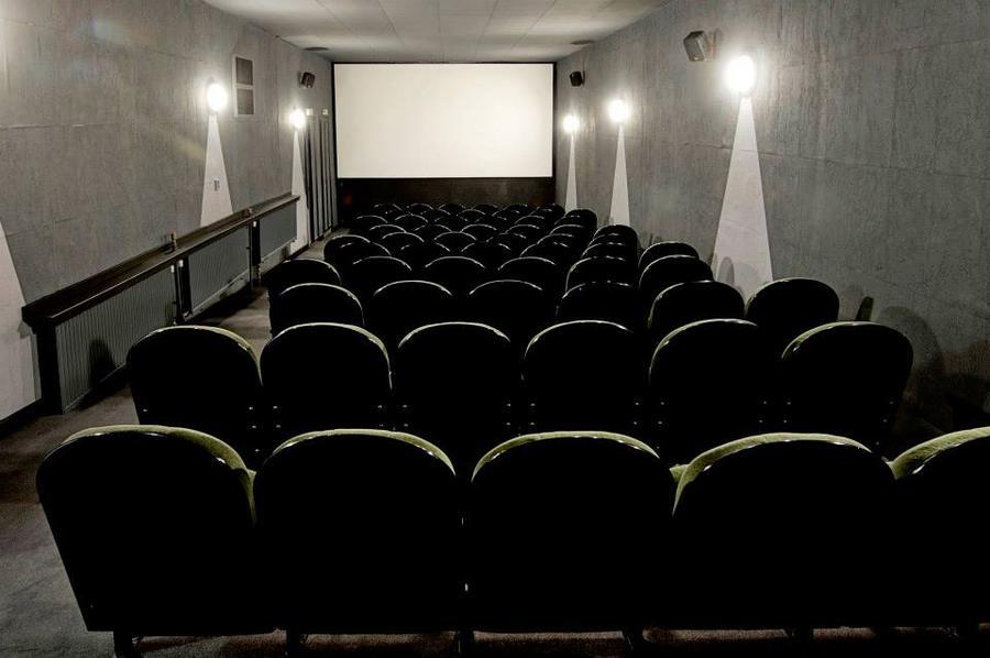 Filmklub a Tabán moziban