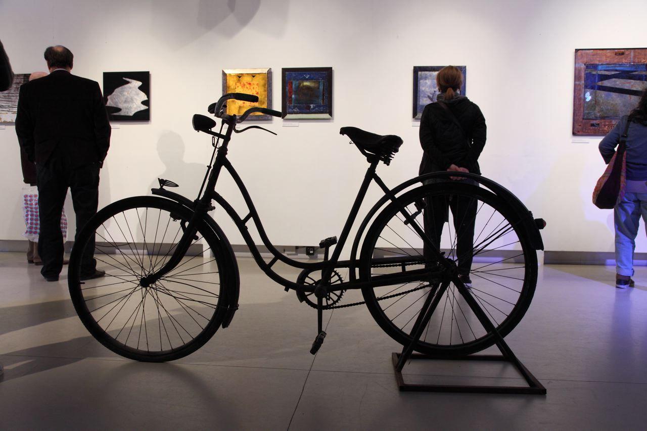 Minyó Szert Károly kiállítása az A-38-on (forrás: Librarius)